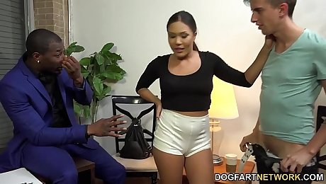 Mena Mason Takes A Black Cock To Get A Loan