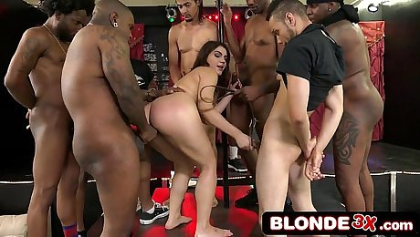 AVN Interracial Gangbang With Italian Superstar Valentina Nappi