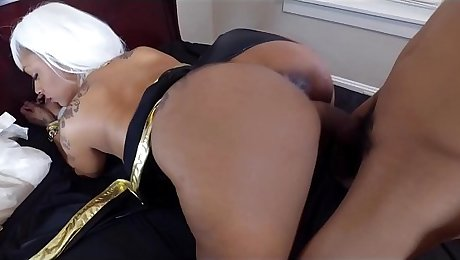 Thick Porsha Carrera in Cosplay Twerks Big Ass on BBC and gets Cumshot
